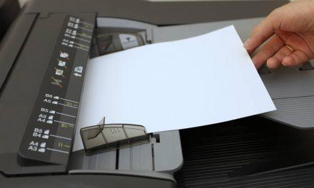 Como uma revendedora pode reduzir o uso do papel?