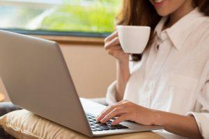 revendedora como aumentar sua renda com a internet