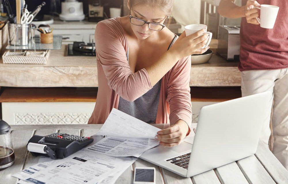 Como sair das dívidas: confira 6 dicas essenciais!